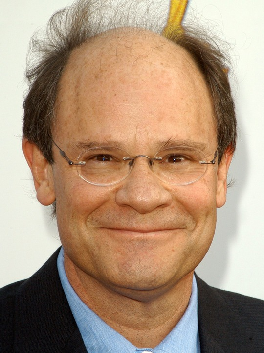 ethan phillips height